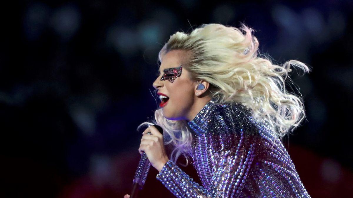 De Versace para Gaga
