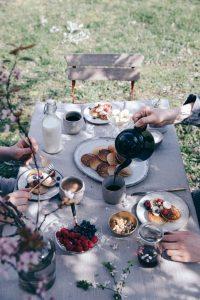 picnic-mesa-con-flores