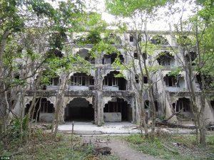 El ashram en ruinas de Maharishi Mahesh