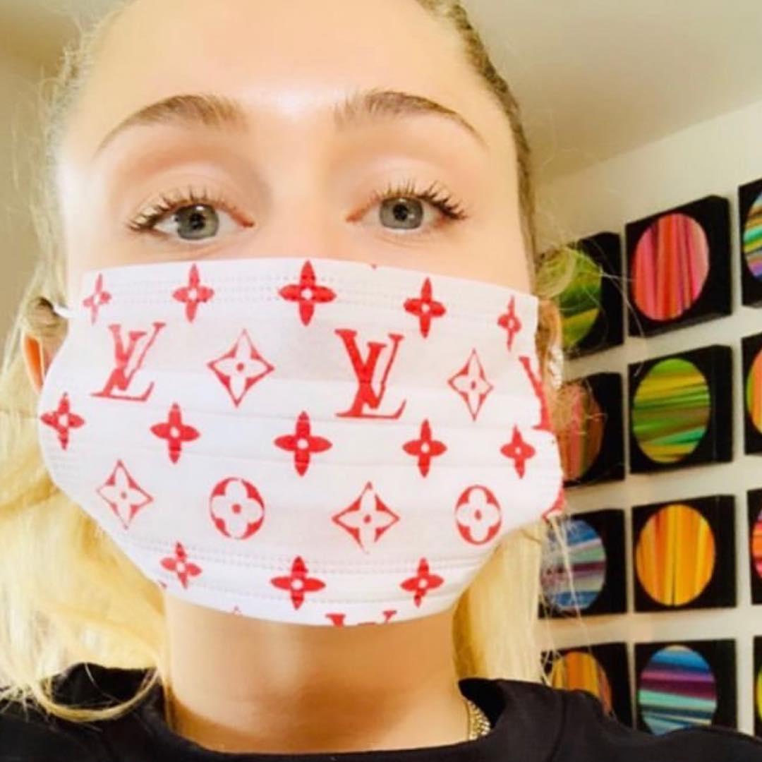 Miley Chris